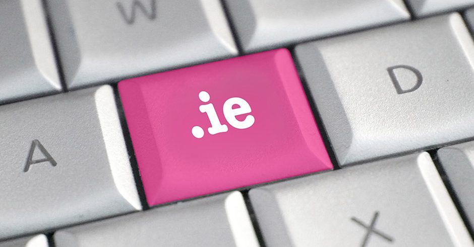 The .ie domain name on a keyboard key