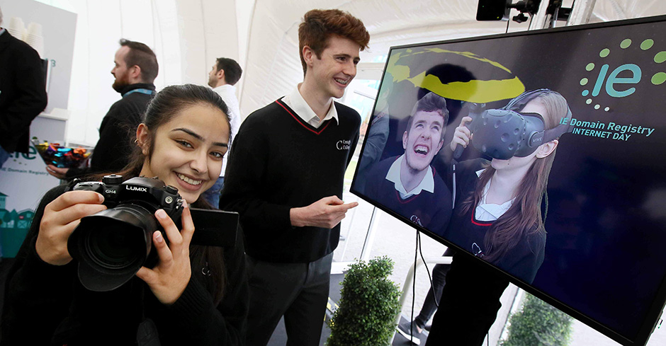 Students from Creagh College in Gorey check out the SimVirtua mixed reality experience in the IE Domain Registry Digital Dome at IEDR Internet Day 2018